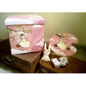 Κουτί βάπτισης, καμβάς και λαδόκουτο κορίτσι σε κούνια